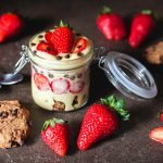 Crema al cucchiaio con FraGolose e biscotti